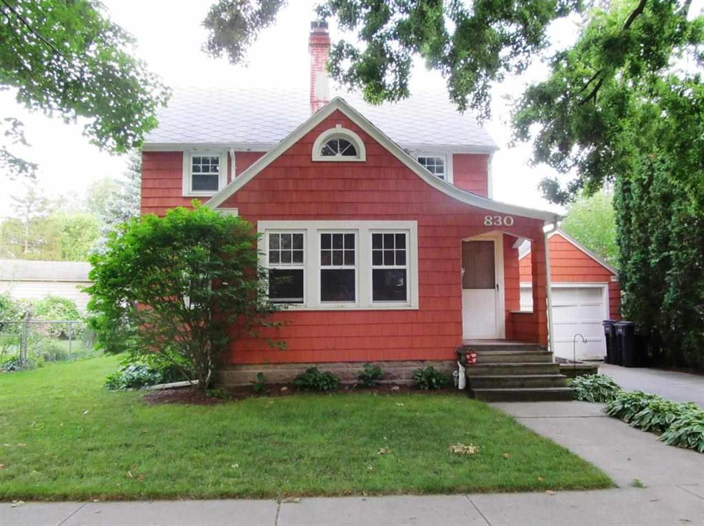 99 900 east side janesville colonial for sale
